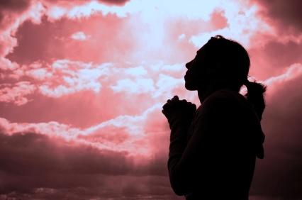 woman-praying-silhoutte